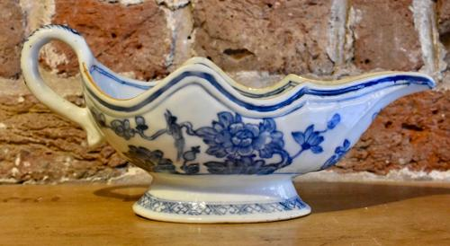 18th c. Chinese sauceboat