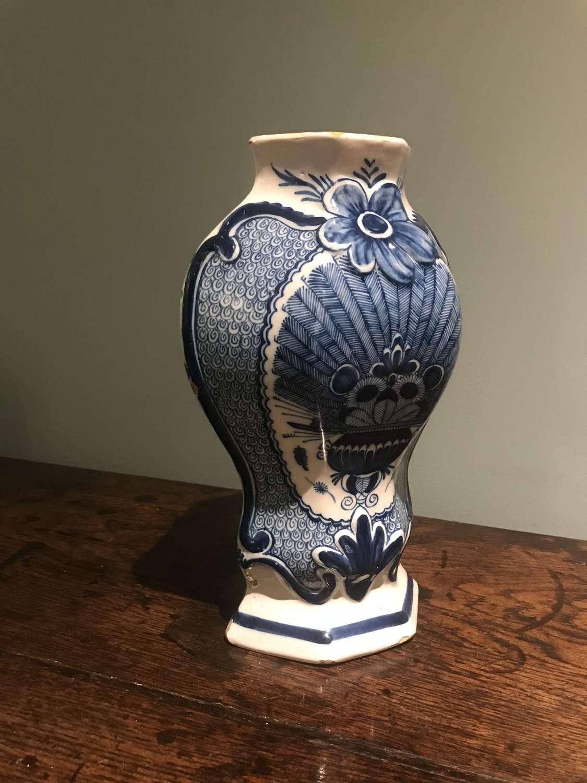 18th c. 'Peacock' pattern Dutch Delft vase