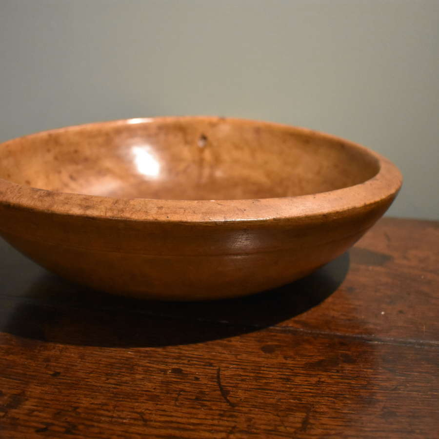 19th century Sycamore bowl