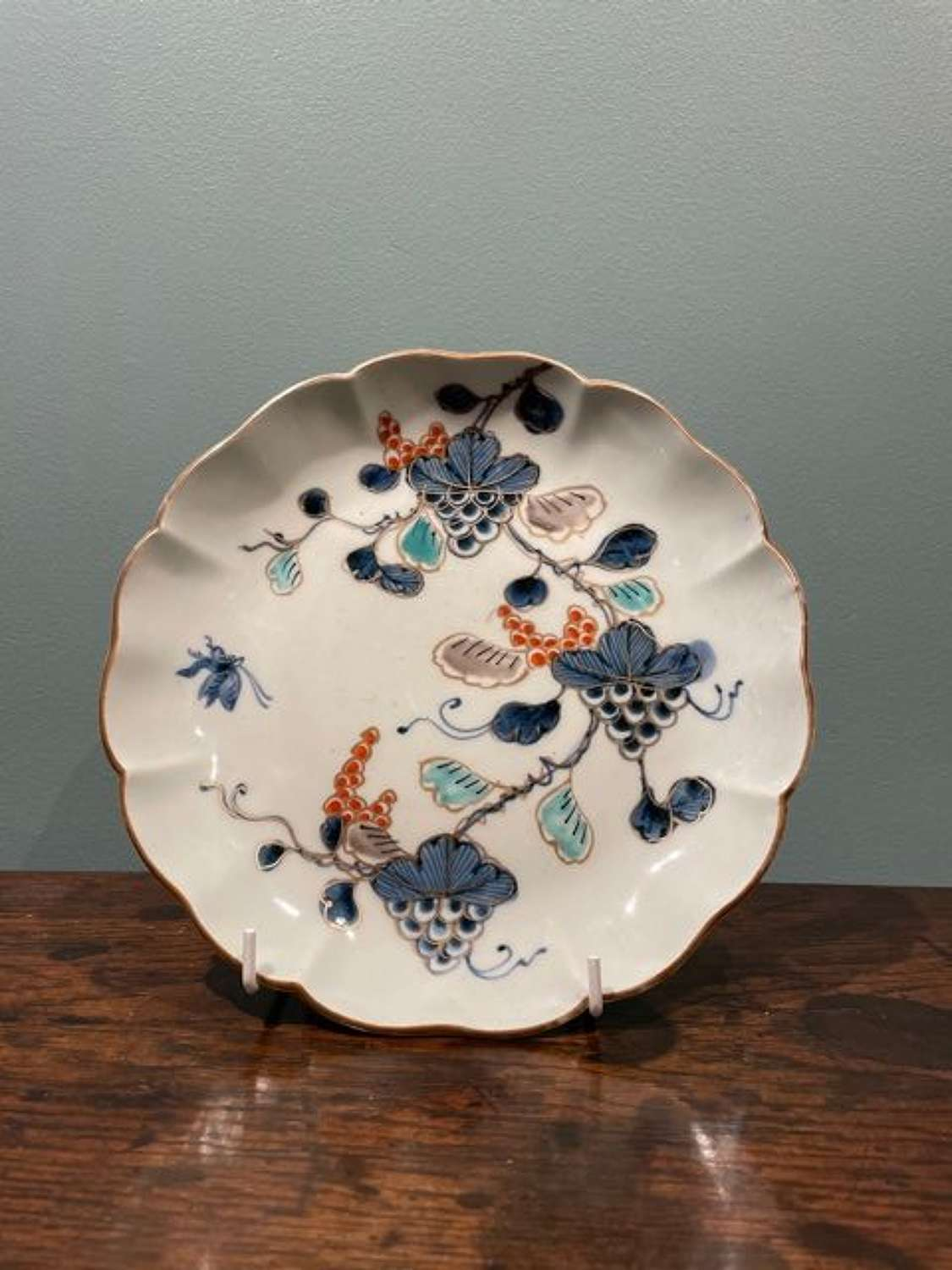 Mid 18th c. Japanese Arita Imari verte plate with grape motifs