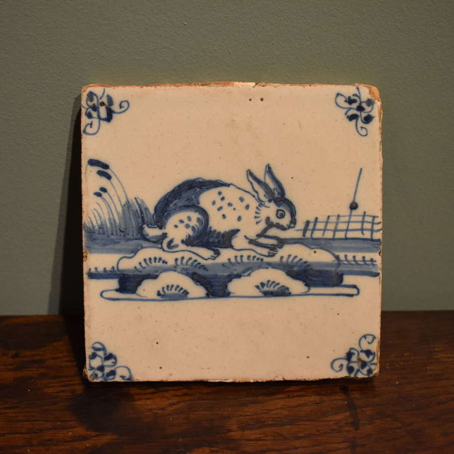 18th c. Dutch Delft blue and white tile with Rabbit